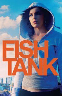 Fish Tank – În acvariu (2009)