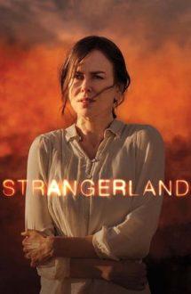 Strangerland – Un tărâm ciudat (2015)