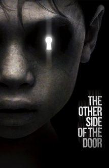The Other Side of the Door – De Cealaltă Parte a ușii (2016)